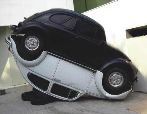 O bem e o mal entendido (Good and Evil Misunderstandings), 2006, Cars, 400 by 300 by 250 cm, by Brazilian artist Jarbas Lopes which featured on the stand of A Gentil Carioca at London Frieze fair. Image courtesy A Gentil Carioca and Frieze Art Fair.