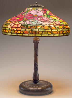 The expected top lot of the sale is this stunning Tiffany lamp in the Peony pattern, which is expected to sell for $100,000 to $150,000). Image courtesy Treadway Toomey.