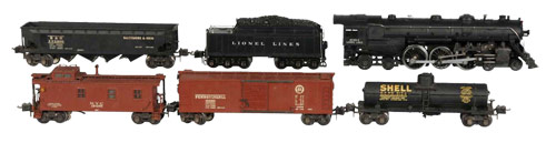 Prewar Lionel No. 787W O-gauge train set, complete with individual boxes and set box in nice original condition. Estimate $5,000-$7,000.  Image courtesy Morphy Auctions.