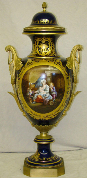 Monumental 19th-century Sevres porcelain urn to be auctioned in a March sale at Philip Weiss Auctions. Image courtesy Philip Weiss Auctions.
