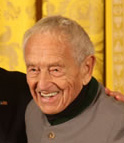 Andrew Wyeth receiving the National Medal of Arts, November 15, 2007, in Washington, DC. Image courtesy National Endowment for the Arts.