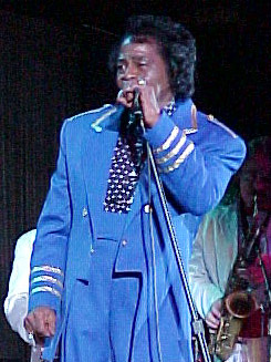 James Brown performs at the 2001 NBA All Star Game jam session. Image by dbking, used under Creative Commons 2.0.