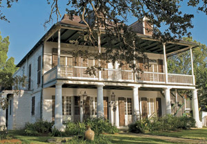The Spanish Custom House, built in 1784 in New Orleans' historic Bayou St. John neighborhood, sold at Neal Auction Company's Feb. 10, 2009 absolute auction for $1,045,000. Image courtesy Neal Auction Co.