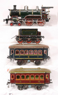 More than 100 years old, this fine hand-painted Bing 2 Gauge clockwork passenger set still runs. Image courtesy New England Toy Train Exchange.