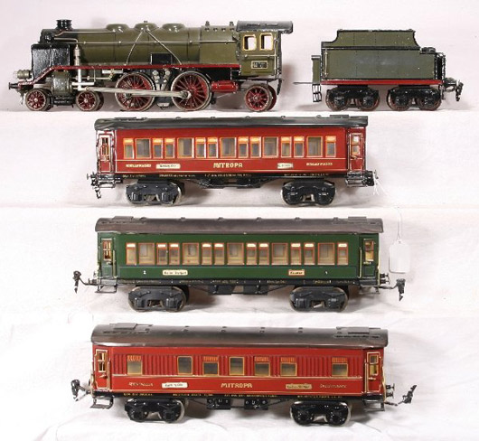 The passenger cars on this beautiful Marklin 65-13021 set are 15 inches long. The set is estimated to sell for as much as $10,000. Image courtesy New England Toy Train Exchange.