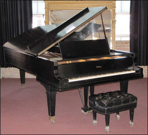 Baldwin concert grand piano, circa 1943, estimate $15,000-$20,000. Image courtesy Susanin's Auctions.