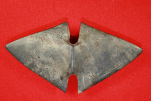 Slate bannerstone, 4 5/8 inches, Sandusky County, Ohio. Estimate $2,000-$6,000. Courtesy Old Barn Auction.