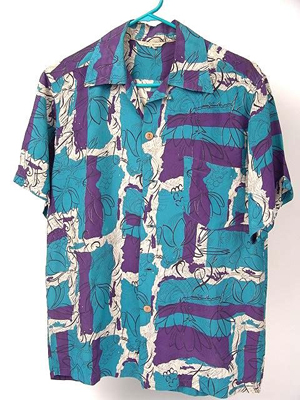 The tag on this 1940s aloha shirt reads: 'Made in Hawaii.' Image courtesy Dirk Soulis Auctions and LiveAuctioneers.com Archive.