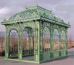 Monumental Victorian-style cast-iron, wrought-iron and tubular-steel gazebo measuring 18 feet wide by 12 feet 1 inch by 17 feet 4 inches. Sold through LiveAuctioneers.com for $11,685 against an estimate of $4,000-$6,000. Image courtesy LiveAuctioneers Archive/Kamelot Auctions.