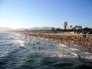 Santa Monica Beach. Image by Dehk. Courtesy Wikimedia Commons.
