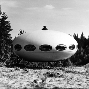 Matti Suuronen Futuro house, 1968, to be auctioned by Wright on June 2. Estimate $50,000-$75,000. Image courtesy LiveAuctioneers.com and Wright.