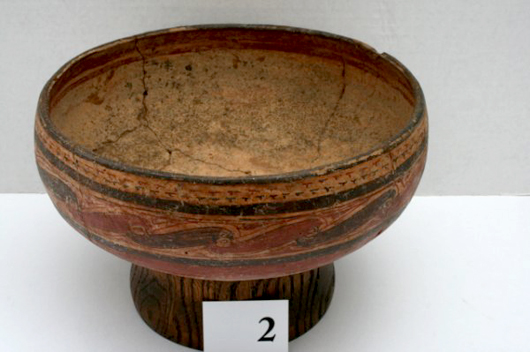 9¼-inch by 4 inch bowl with linked scroll design. Origin Costa Rica. Estimate $40-$500. Image courtesy LiveAuctioneers.com and Old Barn Auction.