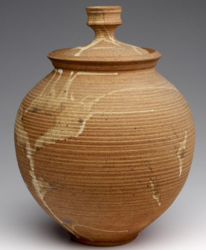 Otto Heino 16-inch covered stoneware jar, 1968. Courtesy LiveAuctioneers.com Archive and Rago Modern Auctions.