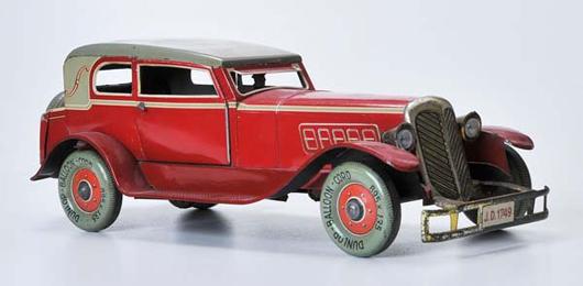 Distler Horch sedan, prewar Germany, tin windup. Estimate $13,400-$19,500. Image courtesy LiveAuctioneers.com and Antico Mondo.