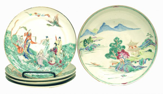 A modest estimate on this set of five hand-painted Chinese export plates prompted a flurry of preauction bidding on LiveAuctioneers. Image courtesy Richard Opfer Auctioneering Inc.