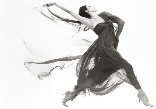 Photographer Richard Avedon (1923-2004) shot Cyd Charisse performing in an evening dress by Macrini in 1961. This gelatin silver print, which was made in 1981, has a $20,000-$30,000 estimate. Image courtesy Bloomsbury Auctions.