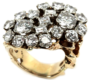 Affiliated Auctions has placed an estimate of $150,000-$300,000 on the Elvis Presley diamond ring. Image courtesy of Affiliated Auctions.