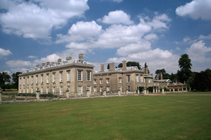 Althorp House, Northamptonshire, UK, in a 2006 photo taken by Andrew Walker. Appears courtesy of the photographer through multi-license with GFDL and Creative Commons CC-BY-SA-2.5 and older versions (2.0 and 1.0)