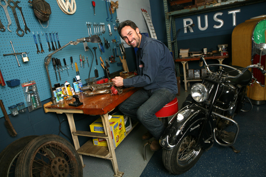 Mike Wolfe at his workbench. Image by Amy Richmond Photography.