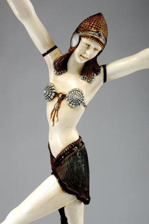 Chiparus dancer gets star billing at Quittenbaum, April 20-21