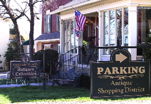 Business has returned to normal in the antique district around Second and Margin in Franklin, Tenn. Image courtesy of Williamson County Convention & Visitors Bureau.