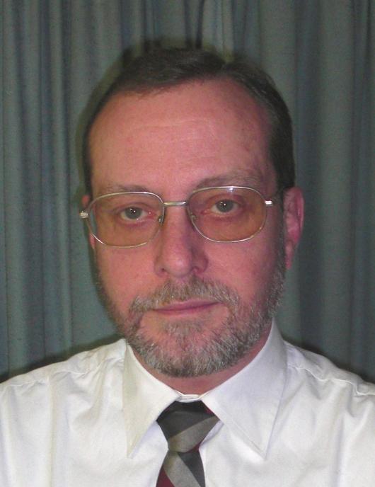 Roy Hamilton-Bowen, Besitzer von Rodgau Philatelie, Rodgau, Deutschland. (Photo – Rodgau Philatelie).
