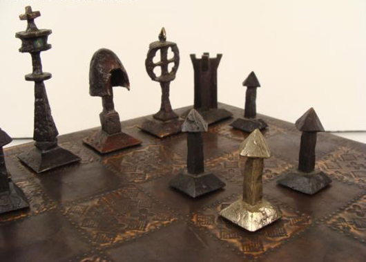 Rare hand made Charles Martel and Richard Synek chess set. Image courtesy of Universal Live Auctions.