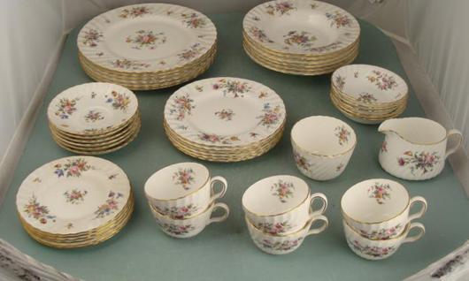 Minton Dish Set. Image courtesy of Universal Live Auctions.