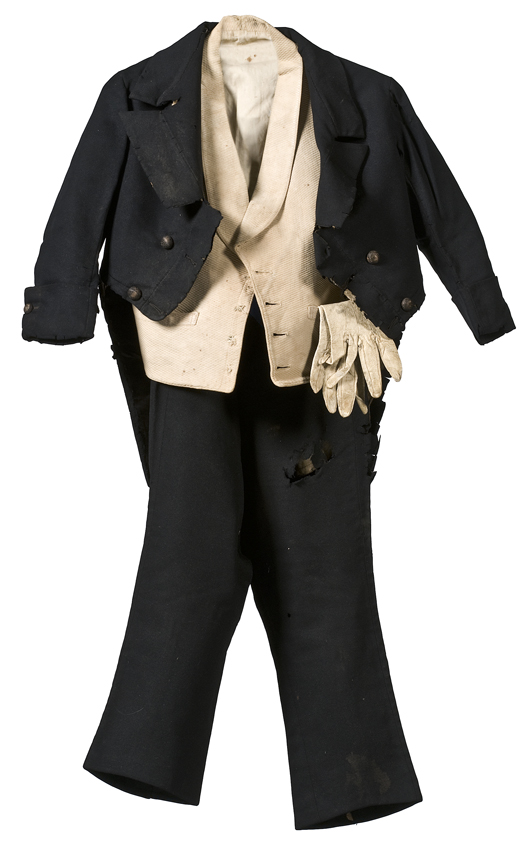 Tom Thumb's boots, kepi, pants, topcoat, and vest are estimated to sell for $10,000-$15,000 in Cowan's 2010 American History, Including the Civil War Auction this month. Image courtesy of Cowan's Auctions Inc.
