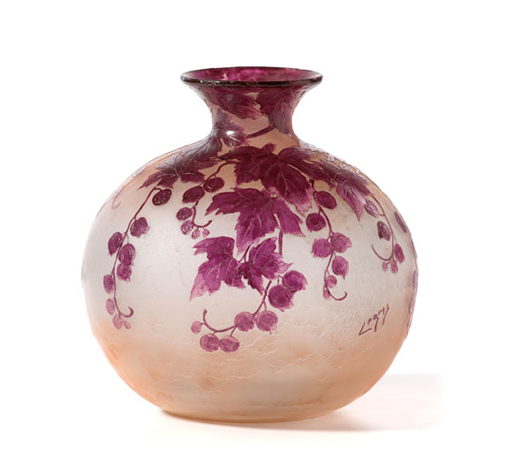 A Legras Cameo art glass vase is estimated to bring $1,000-$1,500 in Cowan's July 31 Continental Fine and Decorative Art Auction.