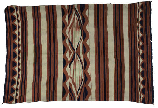 Navajo classic serape (est. $10,000-$12,000). Image courtesy of Cowan's Auctions Inc.