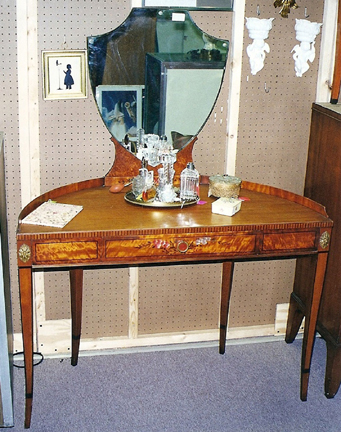 Is This A Dressing Table Or Vanity? Fred Taylor Photo.