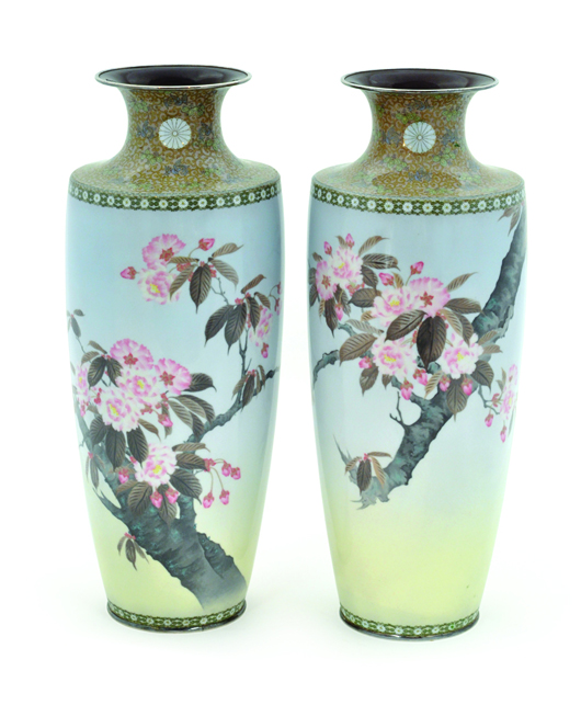 Highlighting the Japanese offerings will be this pair of Japanese cloisonné enamel decorated Imperial presentation vases from the Meiji Period (1903). Image courtesy of Clars Auction Gallery.