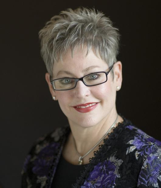 Sue Wickliff, image courtesy of Wickliff & Associates Auctioneers Inc.