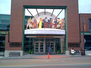 Entrance to the Kansas City building that houses both the Negro League Baseball Museum and the American Jazz Museum. Aug. 1, 2007 photo by SakuraAvalon86. Licensed through Wikimedia Commons under the Creative Commons Attribution-Share Alike 2.5 Generic, 2.0 Generic and 1.0 Generic licenses.