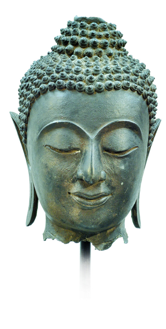 This large Siamese bronze head of the Buddha Rattanakosin Kingdom, 19th century, is estimated to achieve $3,000-$5,000. Image courtesy Clars Auction Gallery.