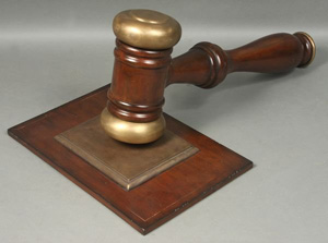 At any auction, the gavel has the final say. Image courtesy of LiveAuctioneers.com Archive and Kaminski Auctions.