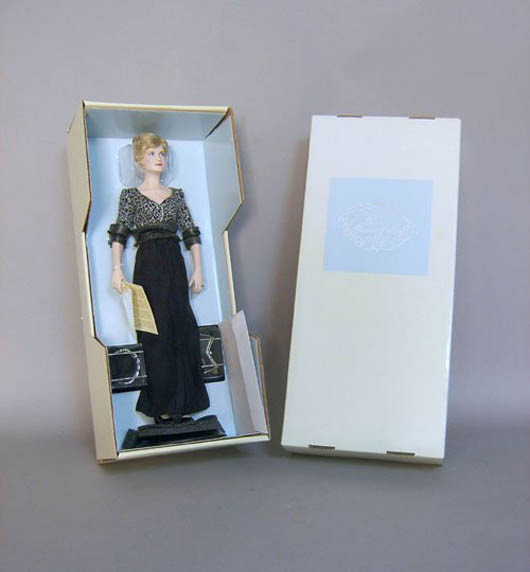 One of the Princess Diana dolls produced by Franklin Mint. Image coutesty of LiveAuctioneers Archive and Pook & Pook Inc.