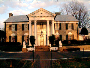 Graceland, the Memphis home of Elvis Presley, is unaffected by the Mississippi River flooding. This file is licensed under the Creative Commons Attribution 2.5 Generic license.