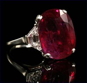 Gems auction nets $1.5 billion for Myanmar
