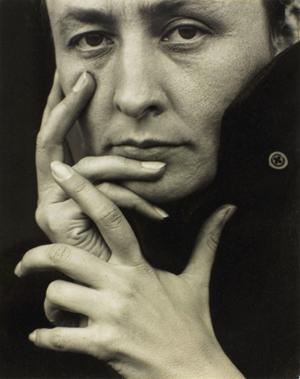 Photograph of Georgia O'Keeffe (1887-1986) taken in 1918 by Alfred Stieglitz (1864-1946).