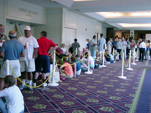 The line forms early in the lobby of the Radisson Hotel in Manchester, N.H., site of the New Hampshire Antiques Show, produced by the New Hampshire Antiques Dealers Assn. (NHADA). Photo copyright Catherine Saunders-Watson.