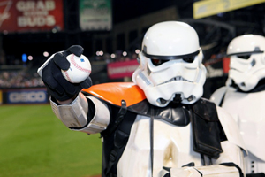 This Stormtrooper is ready to pitch. Image courtesy of Tiffany Mamone, Auction Central News.