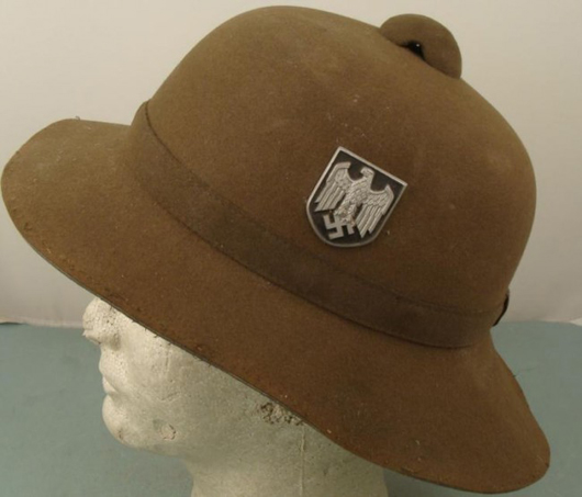 Rare original Nazi Afrika Korps pith helmet, est. $700-$1,080. Universal Live image.