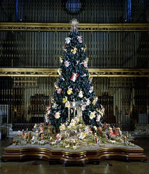 christmas tree neapolitan baroque creche on view at met - 20 Ft Christmas Tree