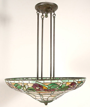 Duffner & Kimberly hanging chandelier, est. $6,000-$8,000. Image courtesy of Michaan's.