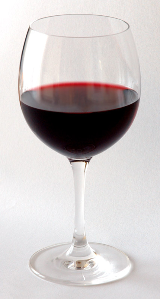 Sotheby's first wine auction of the year fell short of expectations by nearly $1 million-$3.5 million.