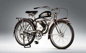 1947 Whizzer Motorbike. Image courtesy of LiveAuctioneers.com and RM.
