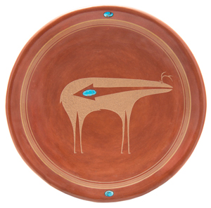 San IIdefonso Pueblo plate by Tony Da. Estimate: $12,000-$15,000. Image courtesy Leslie Hindman Auctioneers.