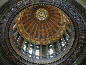 Interior of the Illinois Capitol dome. This file is licensed under the Creative Commons Attribution ShareAlike 3.0 License.